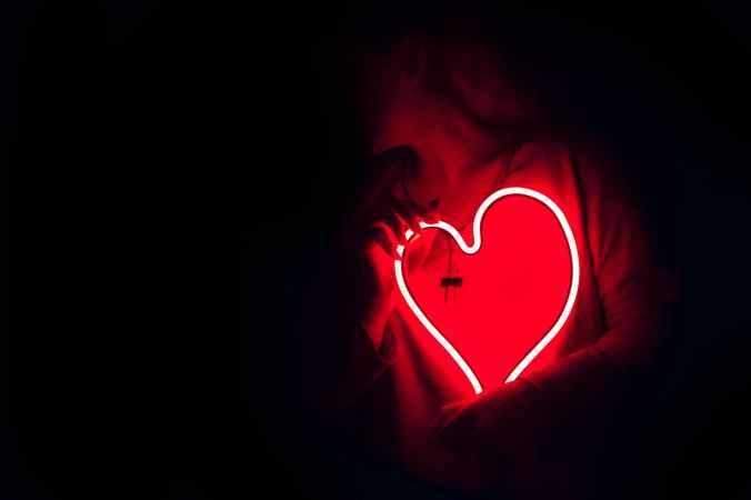heart shaped red neon signage